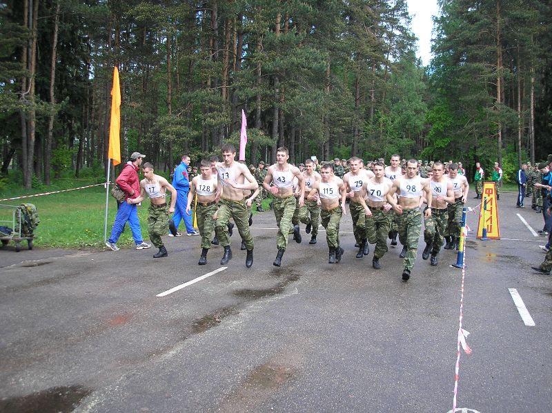 Военные бегут